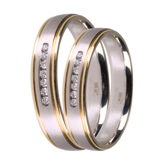 bae9d69cce87 Кольцо обручальное из желтого и белого золота. Вставка  7 бриллиантов.  Цена  19800 руб. Ювелирный магазин